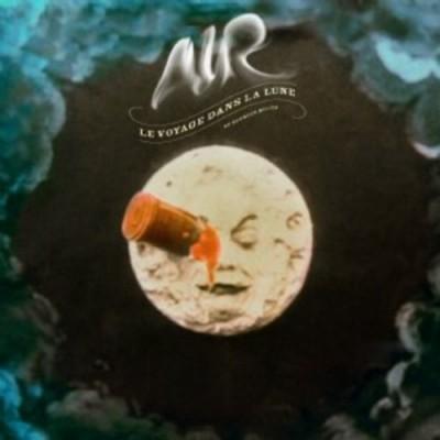 - Le voyage dans la lune