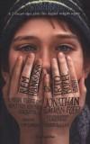 Jonathan Safran Foer - R�m hangosan �s irt� k�zel